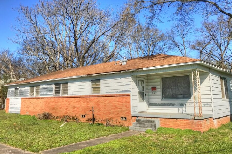 1309 W 43rd St, N Little Rock, AR 72118