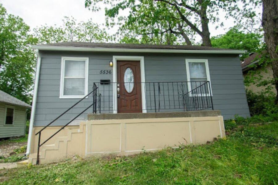 5536 S Benton Ave Kansas City, MO 64130